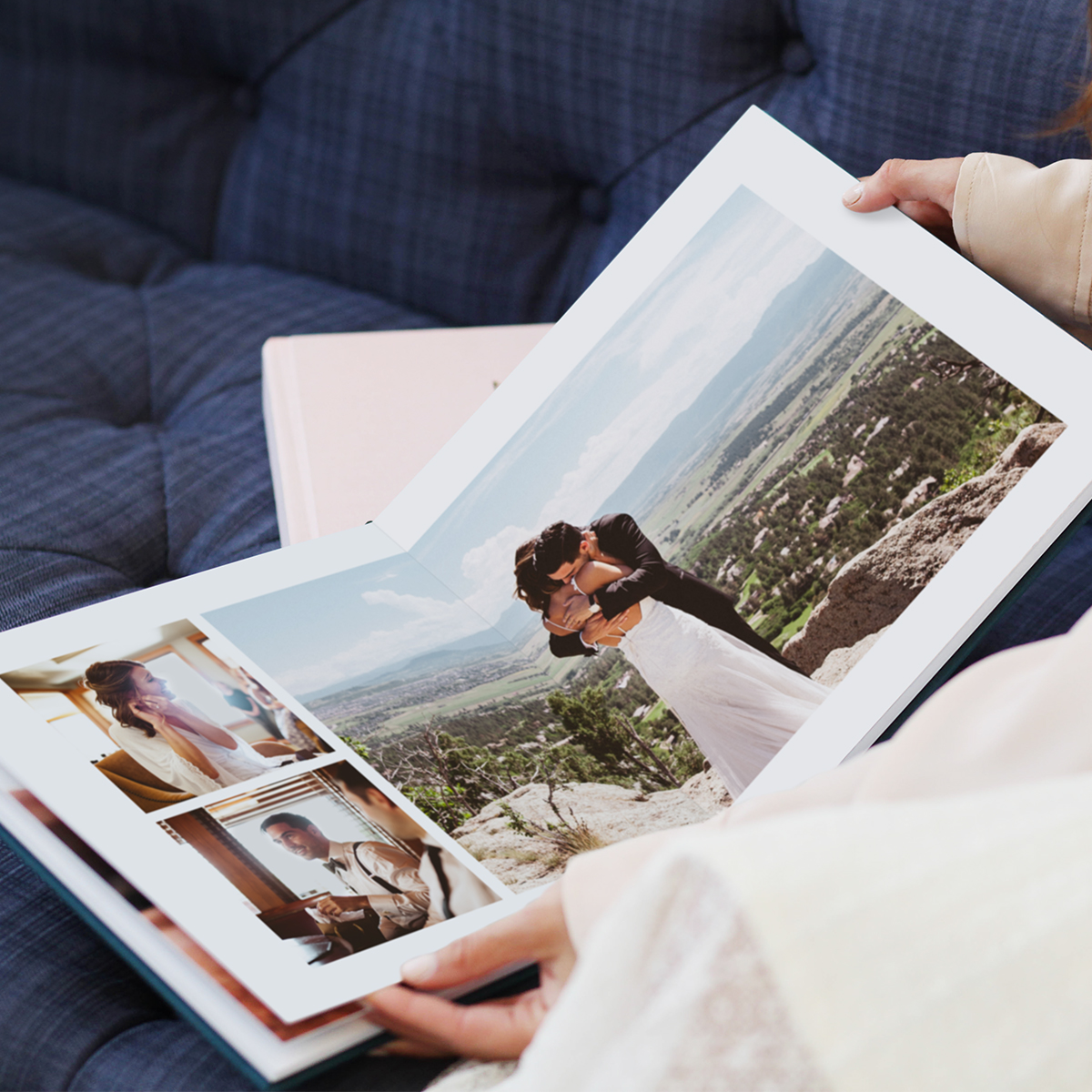 Wedding Layflat Album opened to Duo Square Large Landscape layout